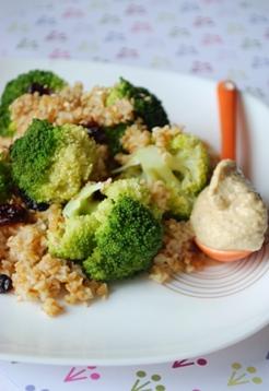 Salade de boulgour de petit peautre brocoli et houmous - Cuisiner le petit epeautre ...